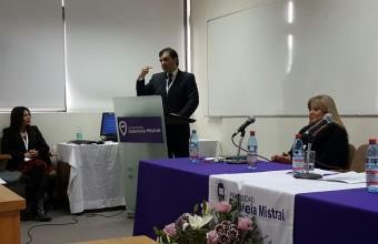 Profesor José Manuel Díaz de Valdés J., expone en seminario sobre justicia constitucional y derechos fundamentales