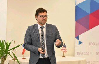 Sergio Verdugo, dictó una charla en la Cámara Chilena Norteamericana de Comercio