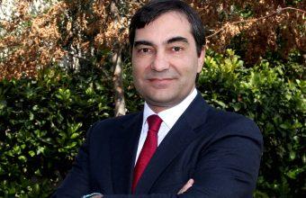 Director del Centro de Justicia Constitucional expone en Comisión del Senado