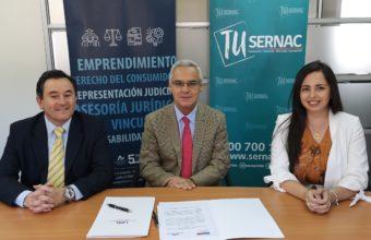 Clínica jurídica Suscribe Convenio con SERNAC