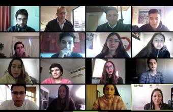 Alumnos de Clínica Jurídica I participan en charla de abogados litigantes del SERNAC