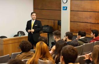 Profesor Andrades analiza las lecciones que nos deja la caída del Imperio Romano