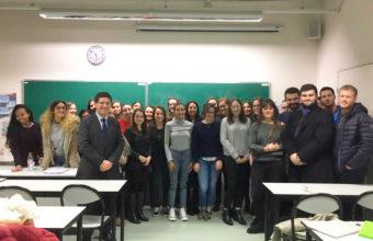 Profesor Renzo Munita participó de actividades en la Universidad Lyon