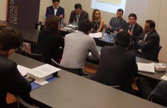 Renzo Munita expuso en Universidad Diego Portales