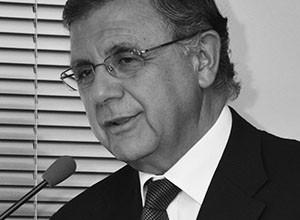 Héctor  Humeres Noguer