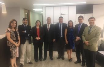 Directora de Postgrado y Programas Internacionales de la Facultad de Derecho de Boston College visitó la Facultad de Derecho de la UDD
