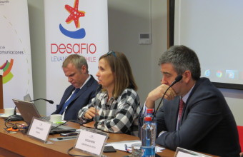 Facultades de Derecho y Comunicaciones realizan seminario sobre la crisis en el SENAME