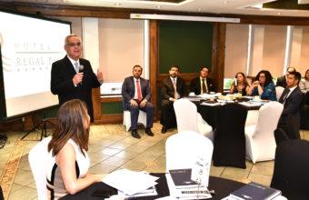 Reunión de trabajo y Cena de Finalización del Año Académico en Santiago