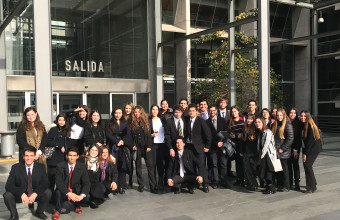 Alumnos de Derecho Penal I visitan Centro de Justicia de Santiago