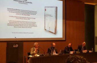 """Profesor Dr. Julio Alvear Téllez presentó su libro """"La crítica al discurso de los Derechos Humanos. El origen"""""""